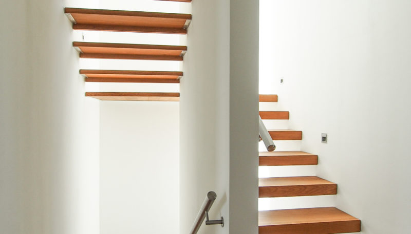 11020 Treppenaufgang (1)