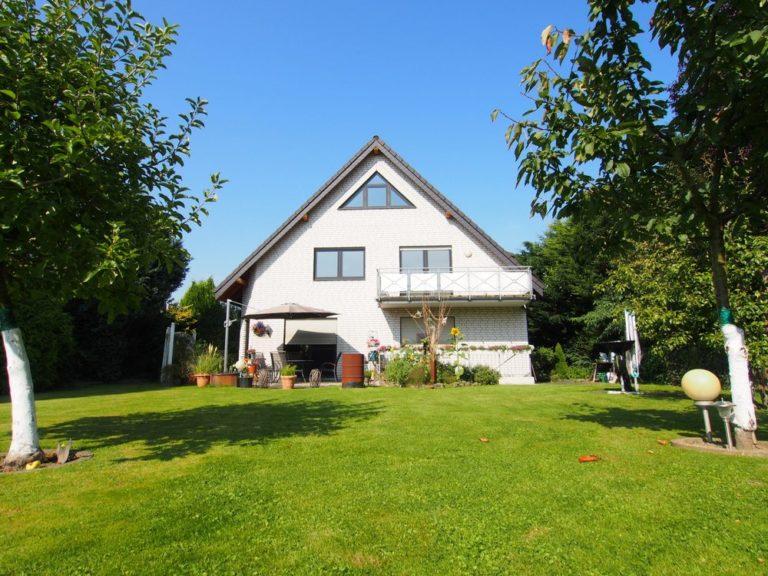 2 Fam-Haus mit ausgeb. DG in Herford-Elverdissen