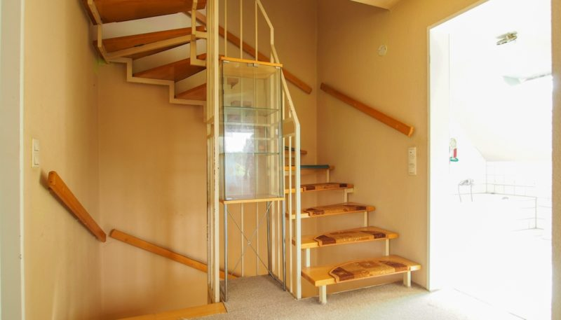 11026 Treppenaufgang (2)