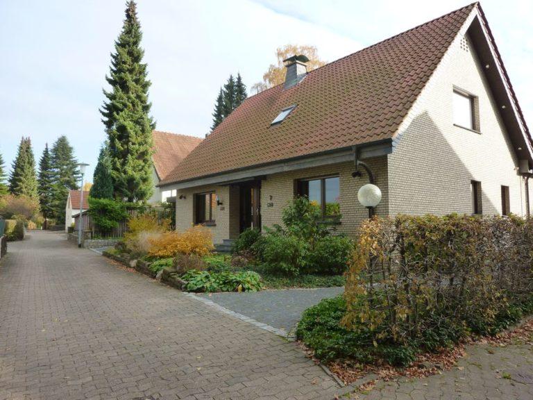 Ein- bzw. Zweifamilienhaus mit sehr guter Ausstattung und in Top Zustand vor den Toren Bielefelds in Spenge!