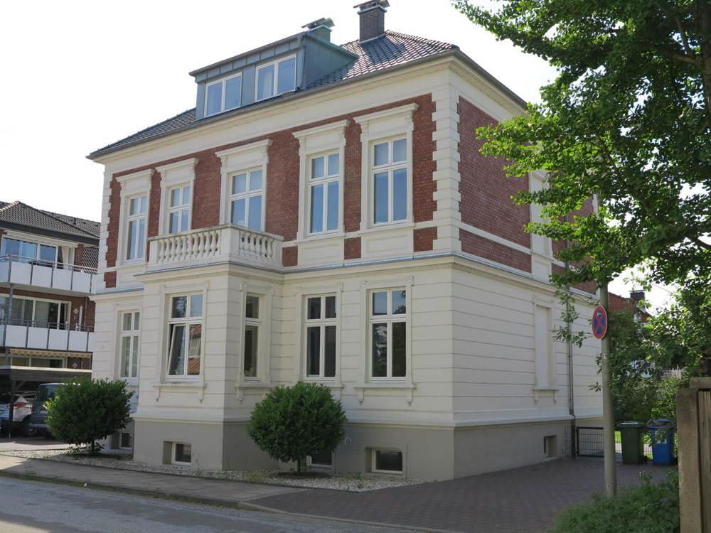 Exclusive 3-Zimmer Wohnung mit Ambiente in liebevoll renovierter Stadtvilla