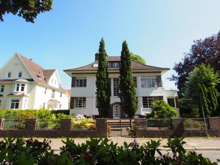 Klassik trifft Architektur! Stadtvilla der Extraklasse in bester Lage, Baugrundstück inklusive