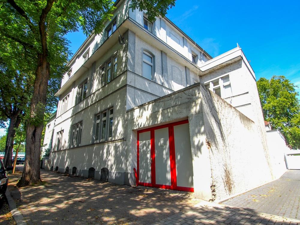 Stadthaus – ehemaliges Fabrikgebäude – 6 Wohnungen und eine Bürofläche im Zentrum von Herford