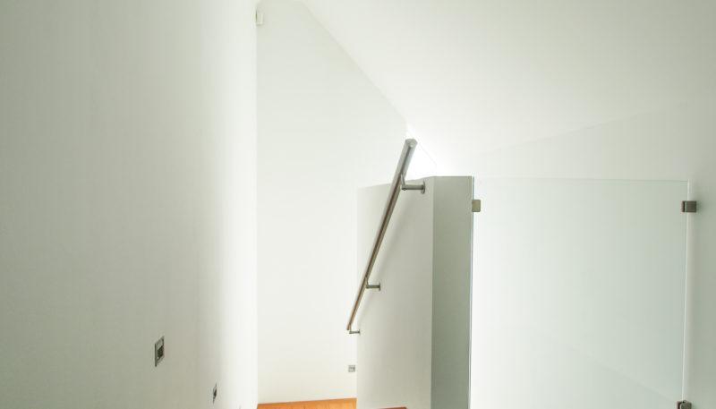 11020 Treppenaufgang DG